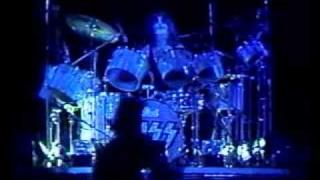 Kiss - Peter Criss Drum Solo & 100000 Years Ending Live 1975