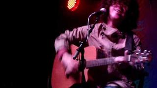 Kyle Falconer @ Dexters acoustic night, 27/05/10. Gem of a Bird. Movie by Daisy Dundee.