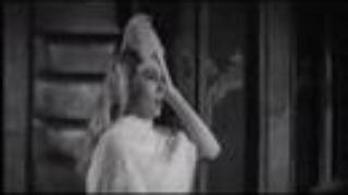 """La Dolce Vita """"Trevi Fountain"""" Clip"""