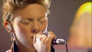La Roux - Quicksand (MTV Live Sessions 2009)