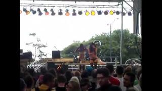 Lady Starlight and Lady Gaga (Stefani Germanotta)-Lollapalooza