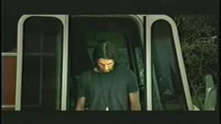 """Laura Pausini: """"Tra te e il mare"""" Music Video"""