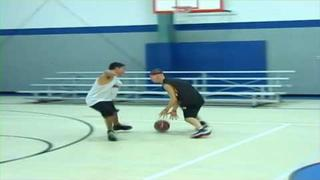 LEARN THE KILLER CROSSOVER DRIBBLE!