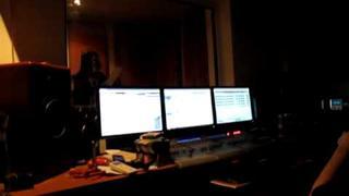 Leona Šenková a Jimi Cimbala v štúdiu pri nahrávaní CD