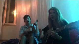 Liz (acoustic duo)