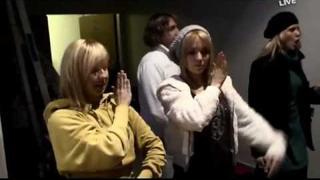 Lucie Vondráčková - Úplně down (Remix 2009)
