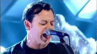 MANIC STREET PREACHERS - IT'S NOT WAR - JOOLS HOLLAND 250th birthday show