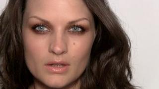 Mary-Kate & Ashley Olsen make-up tutorial