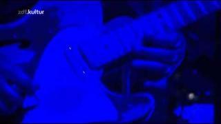Massive Attack - Safe From Harm (Live - Melt Festival 2010)