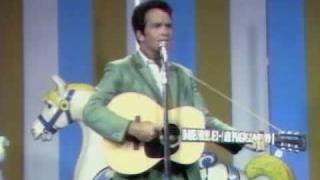 Merle Haggard - Mama Tried (1968 live TV performance)