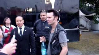 Mike Dirnt, good guy :)
