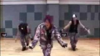 miyavi dancing