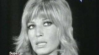 Monica Vitti (con i crauti)