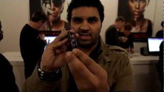 Motorola DROID RAZR demo