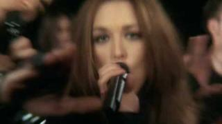 """MOURIR DEMAIN"" - Natasha St. Pier & Pascal Obispo - official music video; 2004"