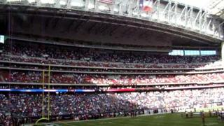 "Neal E. Boyd Sings ""God Bless The USA"" at Reliant Stadium"