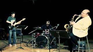Negroni's Trio + Dr. Ed Calle Bailando con el Bajo