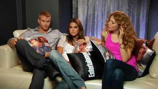 New Moon - Rachelle LeFevre, Nikki Reed, and Kellan Lutz