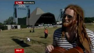 Newton Faulkner Live At Glastonbury