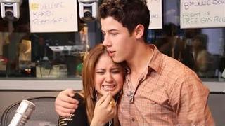 Nick Jonas Surprises Idol's Karen Rodriguez & Sister