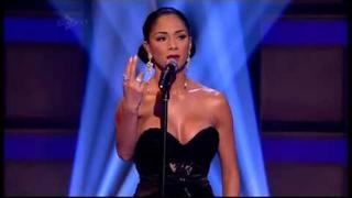 Nicole Scherzinger -  Don't Cry For Me Argentina (LIVE)