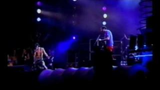 Nirvana - Krist Novoselic - Vocalist :)