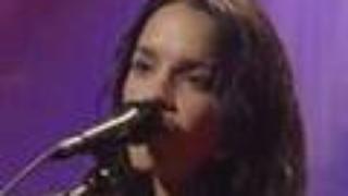 Norah Jones - Long Way Home (Live From Austin Texas)