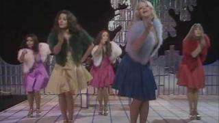 Pan's People & Gilbert O'Sullivan - Get Down (Christmas TOTP '73)