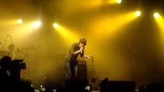 Paolo Nutini Drunk on Stage