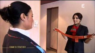 [Partie 1] Comme si c'était hier - Sofia Essaïdi en hôtesse de l'air (22.07.2011)
