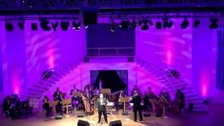 Paul Potts sings Time to Say Goodbye and Nessun Dorma Kufstein Castle, Tirol, Austria 20th August 11