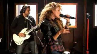 Paulina Rubio - Soundcheck - 02 Lo Hare Por Ti