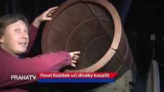 Pavel Kožíšek učí diváky kouzlit - PRAHA TV