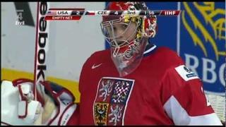 Petr Mrazek's shot at empty net Czech Republic - USA WJC 2012