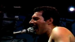 Queen - 'Play The Game' (Live At The Bowl)