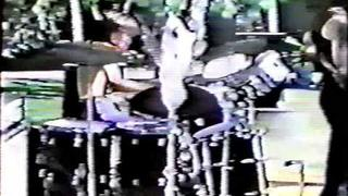Quiet Riot with Randy Rhoads & Kevin DuBrow Video Tribute-Fit to be Tied 1977
