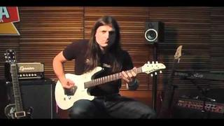 Rafael Bittencourt (Angra) - Young Guitar Lesson (Sept/2010) pt.1/8