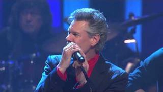 "Randy Travis - ""Diggin' Up Bones"" at the Grand Ole Opry"