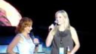 Reba McEntire and Melissa Peterman