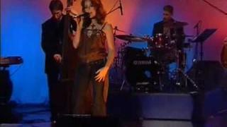 Renee Olstead - Summertime German TV 05-24-2005