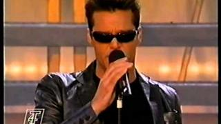 "Ricky Martin LIVE - ""Living La Vida Loca"" - STEREO HQ"