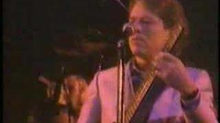 Robert Palmer - Every Kinda People (Live)
