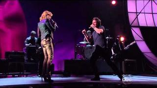 """RUN"" Jennifer (Sugarland) & Matt Nathanson; CMA Awards 2011"