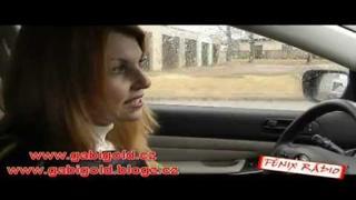 S Gábinou v autě 3