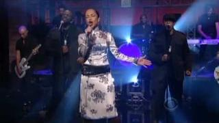 Sade on David Letterman Video 2-9-10