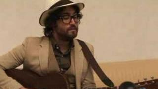 Sean Lennon FRANCE 24 unplugged session
