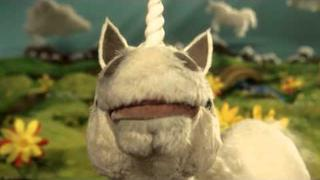 Serenading Unicorn sings Bolton