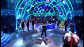 Shakin' Stevens singing 'Merry Christmas Everyone' - Strictly Come Dancing Christmas Special 2011