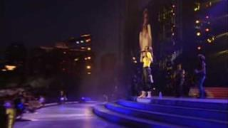 Shania Twain - That Don't Impress Me Much Live In Chicago