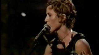 "Sheryl Crow - ""It Don't Hurt"" - 1999 - best live version I've seen yet. Lyrics"